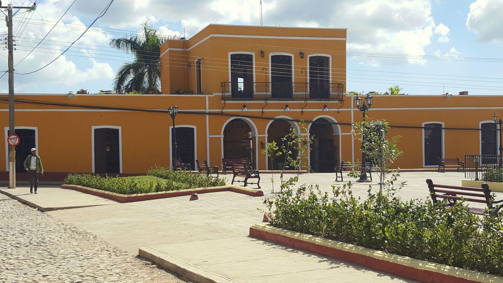 053 Trinidad