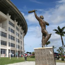 ANTIGUA-BARBUDA-Cricket-Sir-Vivian-Richards-Statue-at-Cricket-ground